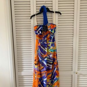 Like new. Sz 6 BCBG Cutout Colorful Maxi Dress